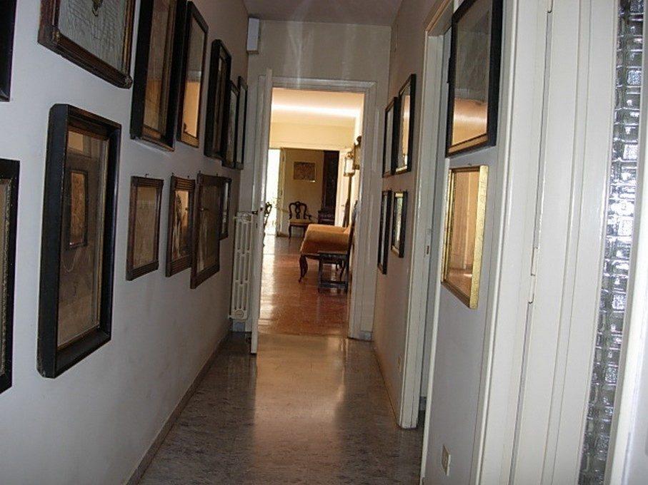 francesco pinto folicaldi - corridoio letto