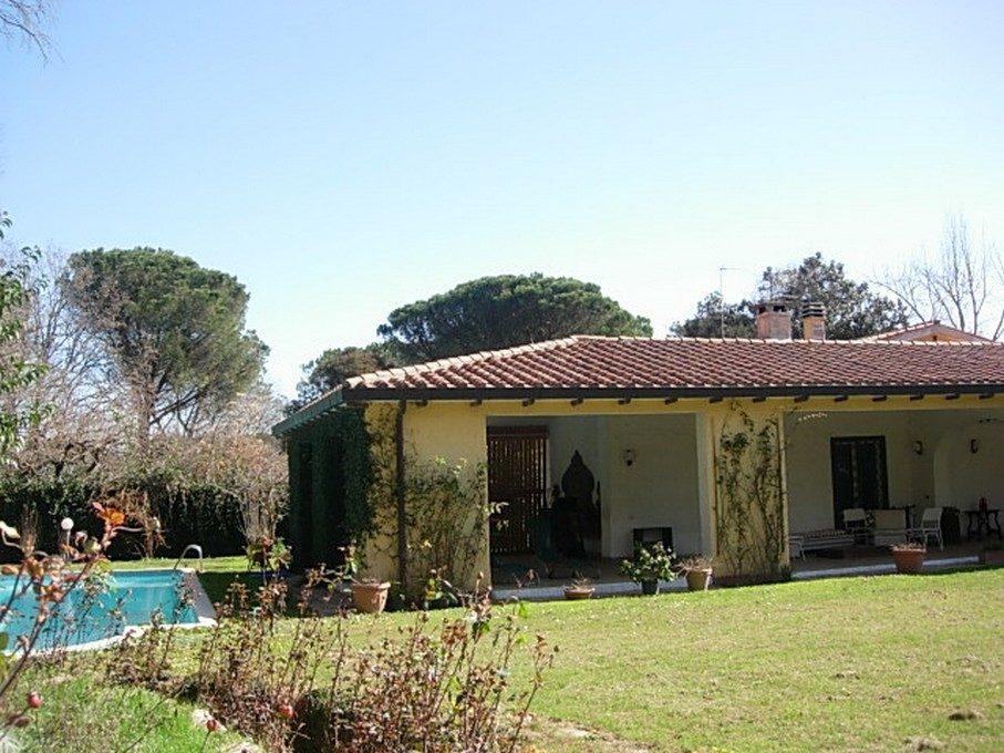 francesco pinto folicaldi - patio piscina 4