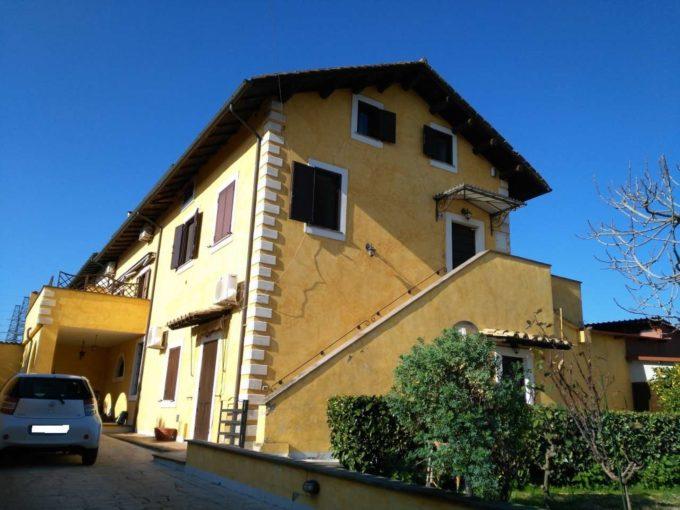 Casale in vendita via di Tor Tre Teste, Roma