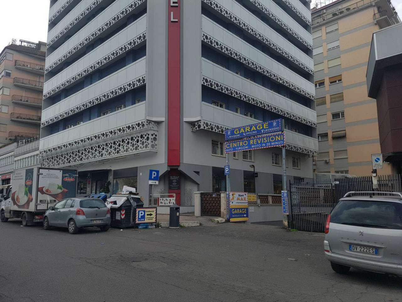 Locale commerciale via cristoforo colombo roma annunci for Locale commerciale a roma