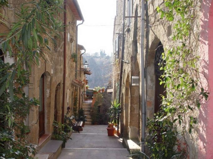 Vendita palazzo storico vicolo Zaccheo, Pitigliano (GR)