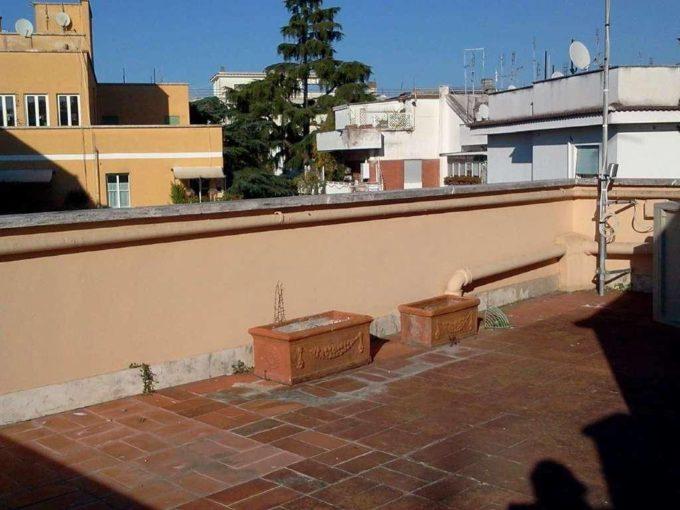 Appartamento in Affitto, via Besso, Roma