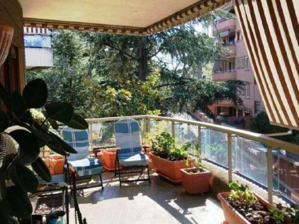 Appartamento in vendita via Volusia, Roma