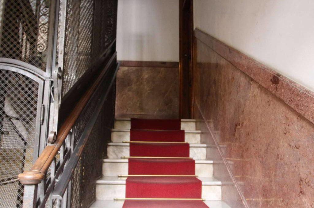 Stanza in affitto uso ufficio via nicotera roma annunci for Stanza uso ufficio