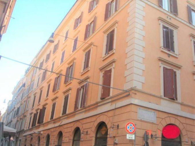 Appartamento in affitto via del Boschetto, Roma
