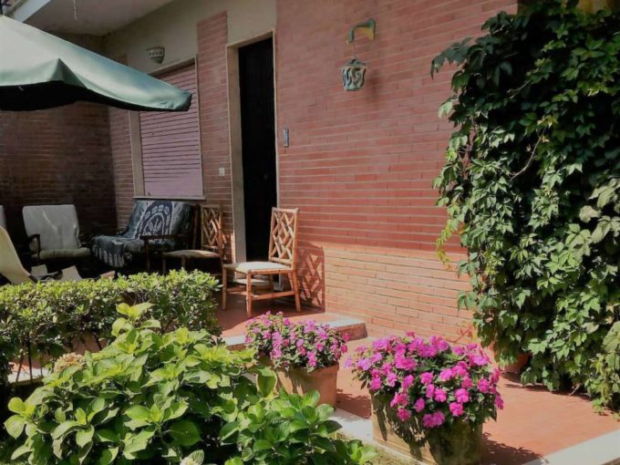 Villino indipendente in vendita via Virgilio, Lido di Enea, Terracina