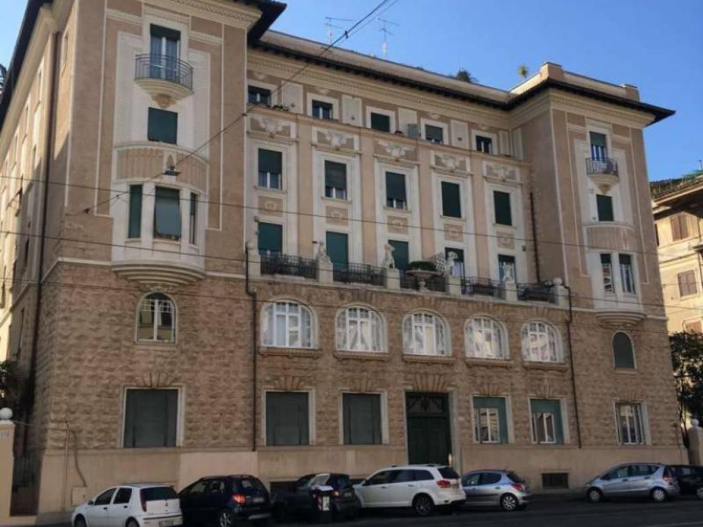 Appartamento in affitto viale regina margherita roma for Annunci affitti roma