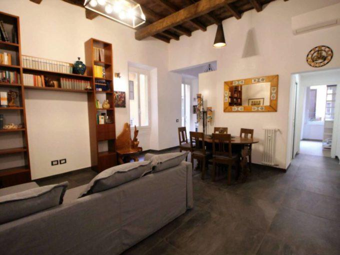 Appartamento in affitto via dei Banchi Nuovi, Roma