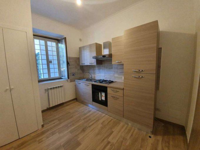 Appartamento in affitto via Volusia, Roma
