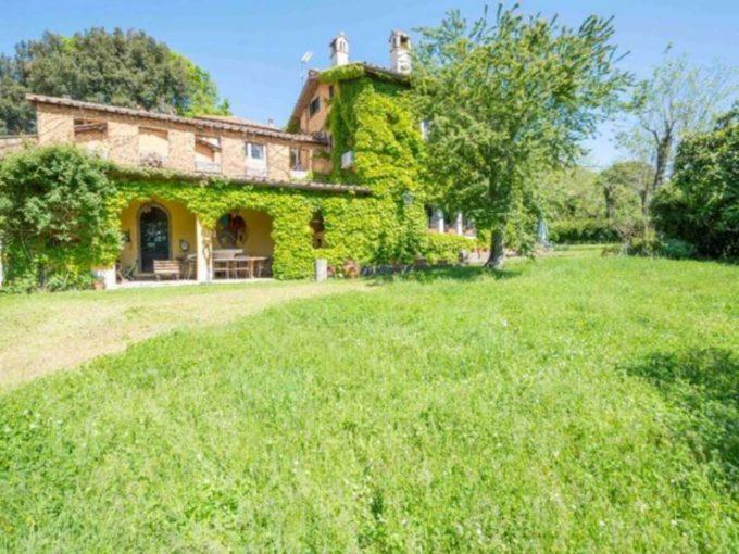 Casa indipendente in vendita, via del Pero, Bracciano (RM)