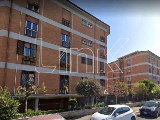 Appartamento in vendita via Caio Canuleio, Roma