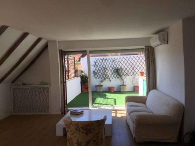 Appartamento in vendita via degli Orti della Farnesina, Roma