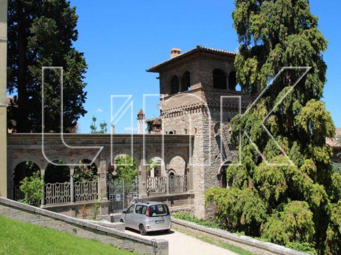 Casa-torre in vendita via Augusto Ciuffelli, Todi