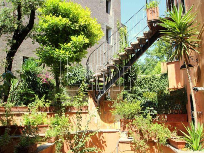 Appartamento in affitto, via Clementina, Roma