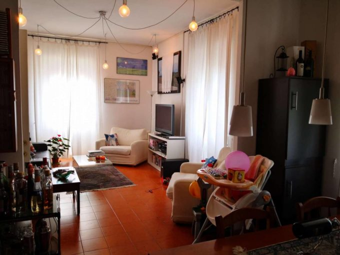 Appartamento in affitto via Lucrino, Roma