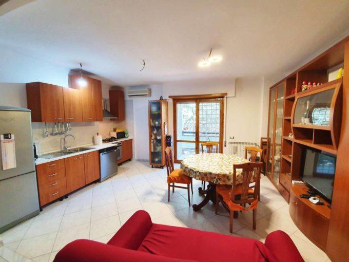 Appartamento in vendita via Sante Vandi, Roma