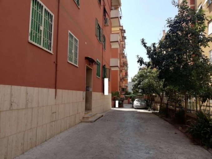 Appartamento in vendita via delle Acacie, Roma