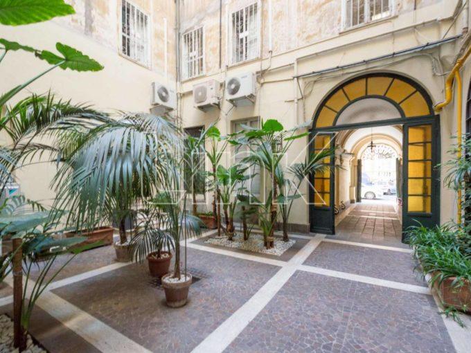 Ufficio in vendita via Sicilia, Roma