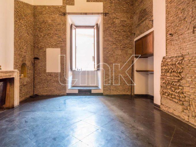 Appartamento in affitto via del Gesù, Roma