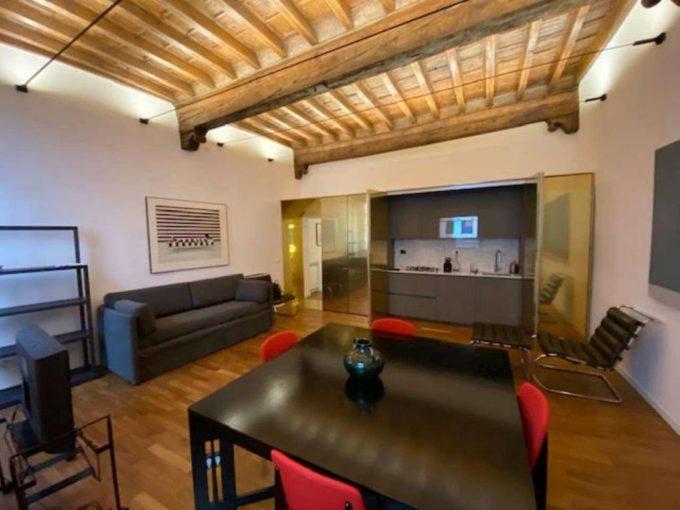 Appartamento in affitto via del Governo Vecchio, Roma
