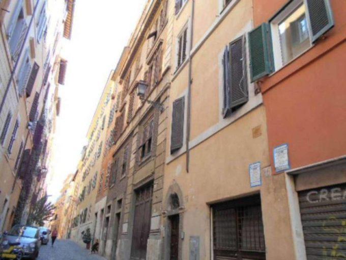 Appartamento in affitto via Baccina, roma