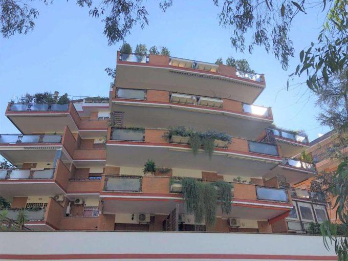 Appartamento in affitto via San Godenzo, Roma