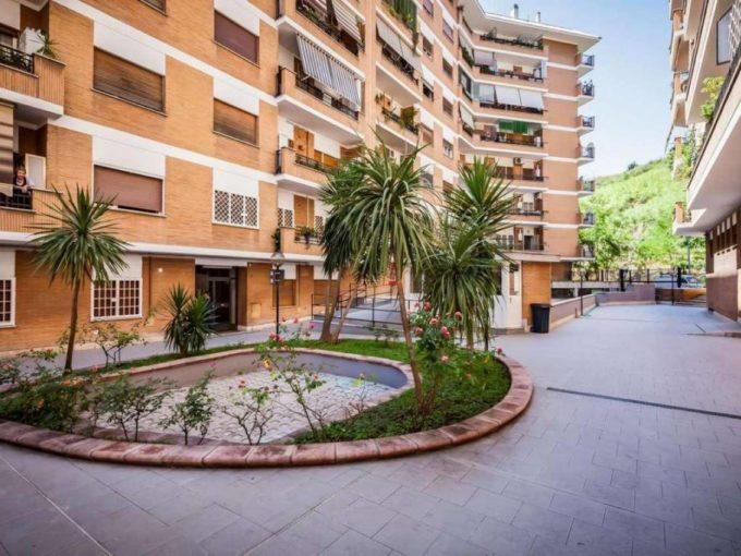 Appartamento in affitto via degli Ammiragli, Roma