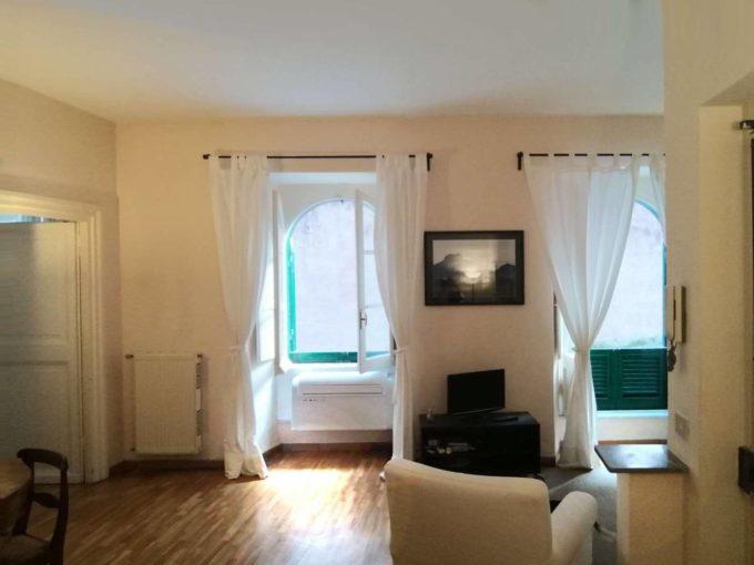 Appartamento in affitto via Della Panetteria, Roma