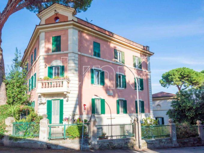 appartamento in vendita via Monte Rosa, Roma