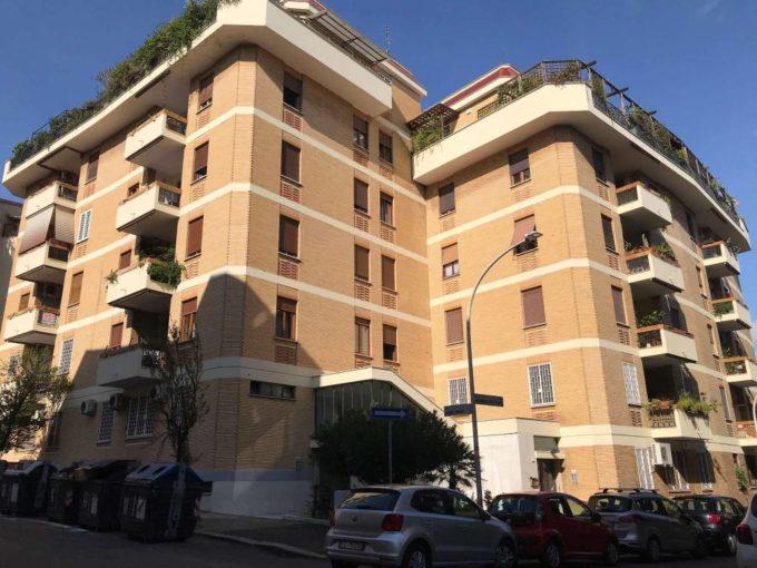 Appartamento in affitto via Poggio Ameno, Roma