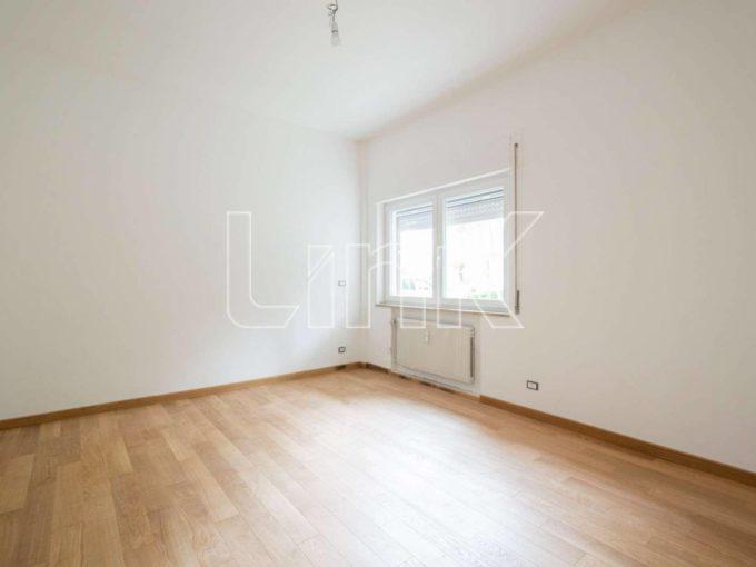 Appartamento in vendita via del Nuoto, Roma