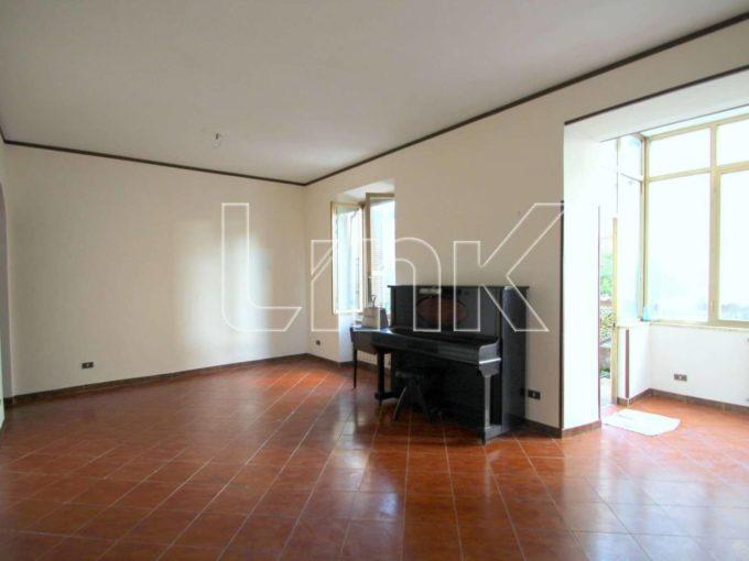 Appartamento in vendita via Floridiana, Roma