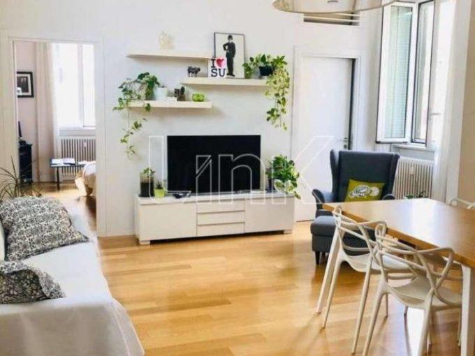Appartamento in affitto via Camilla, Roma