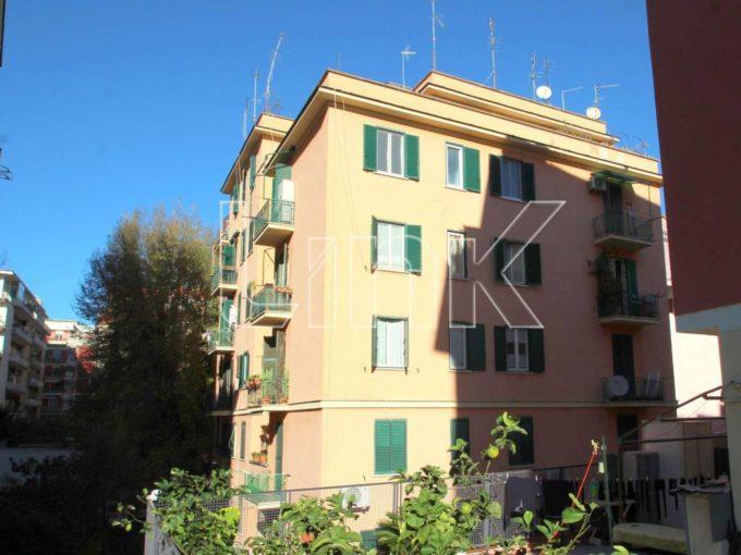 Appartamento in vendita via Federico Ozanam, Roma