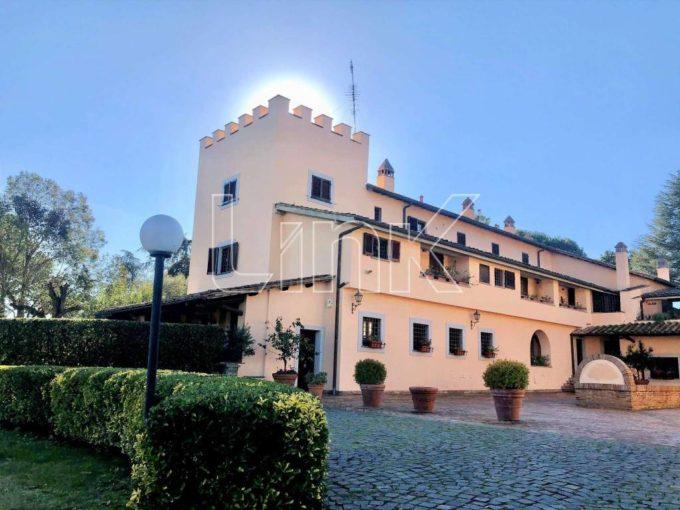 Villa in affitto via Ospedaletto Giustiniani, Roma