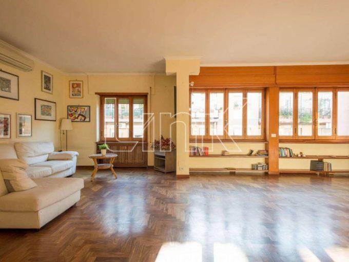 Appartamento in affitto via Severino Carmignano, Roma