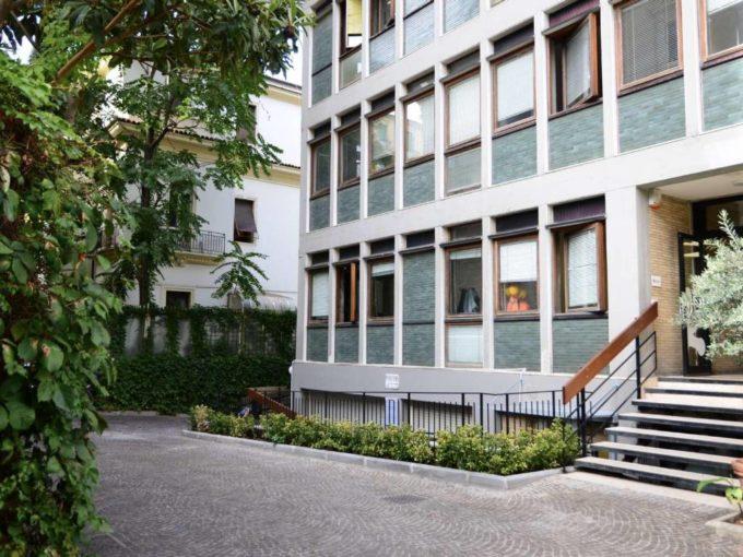 Ufficio in affitto via Guido d'Arezzo, Roma