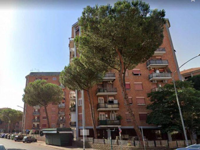 Appartamento in vendita via Pietro Romano, Roma