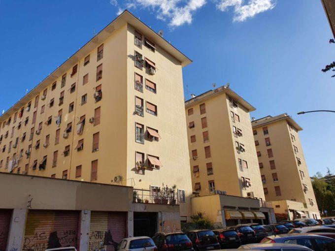 Appartamento in vendita via Calpurnio Pisone, Roma