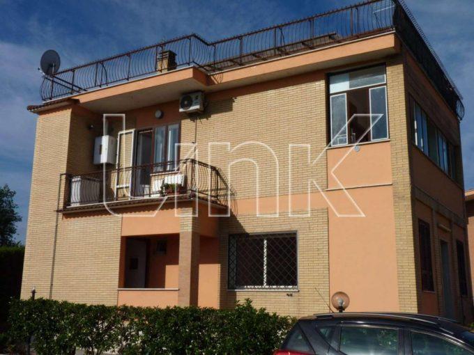 Appartamento in affitto via Torregrotta, Roma