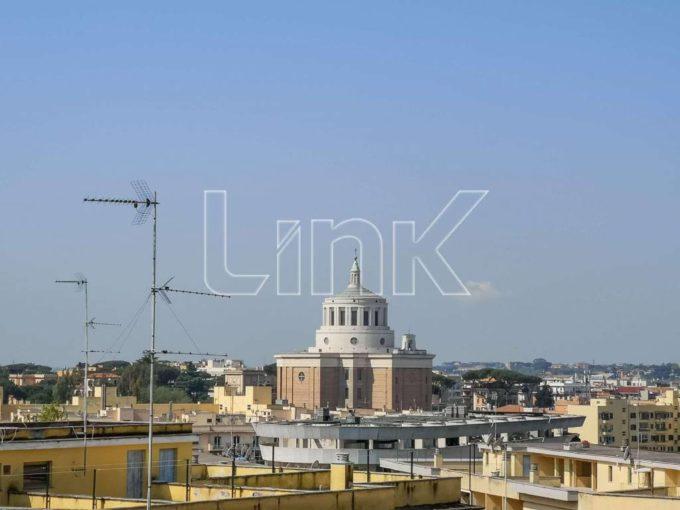 Appartamento in vendita via Rosa Guarnieri Carducci, Roma