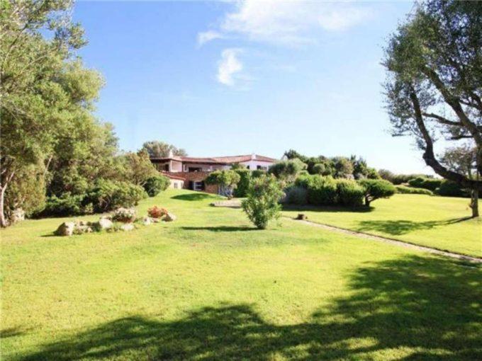 Villa in affitto villaggio Punta Asfodeli, Olbia