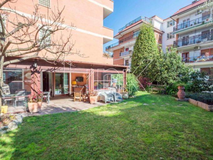 Appartamento in vendita via Francesco Vettori, Roma
