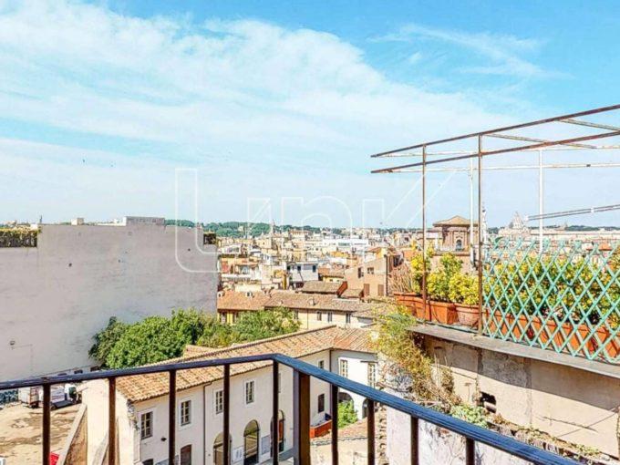 Appartamento in vendita via Sistina, Roma