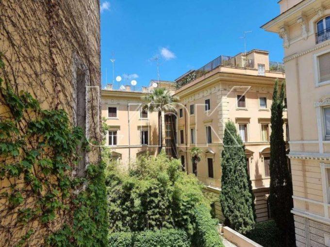 Ufficio in affitto via Crescenzio, Roma