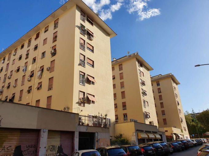 Appartamento in affitto via Calpurnio Pisone, Roma