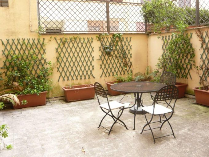 Appartamento in affitto via Denza, Roma