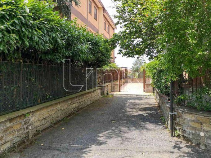 Appartamento in vendita via Pietrara, Albano Laziale