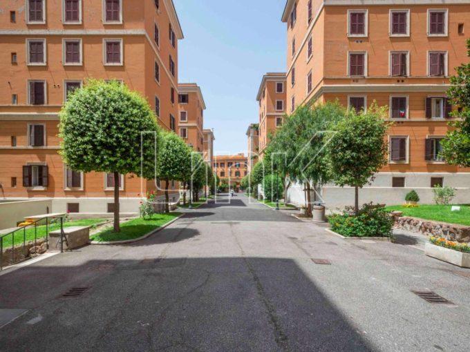 Appartamento in vendita via Orvieto, Roma