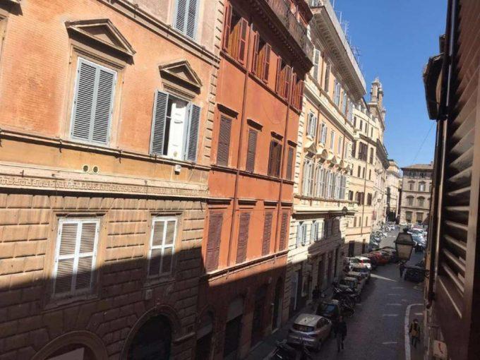 Appartamento in affitto via Pié di Marmo, Roma